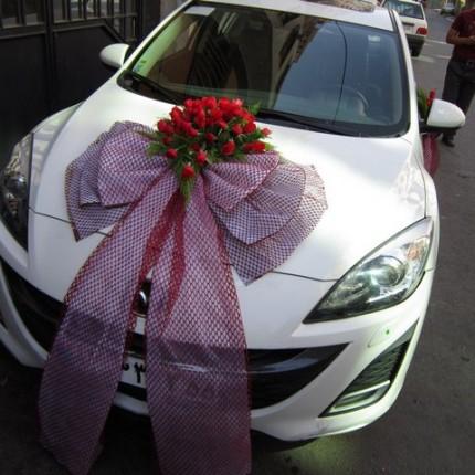 تزیین ماشین عروس با بادکنک
